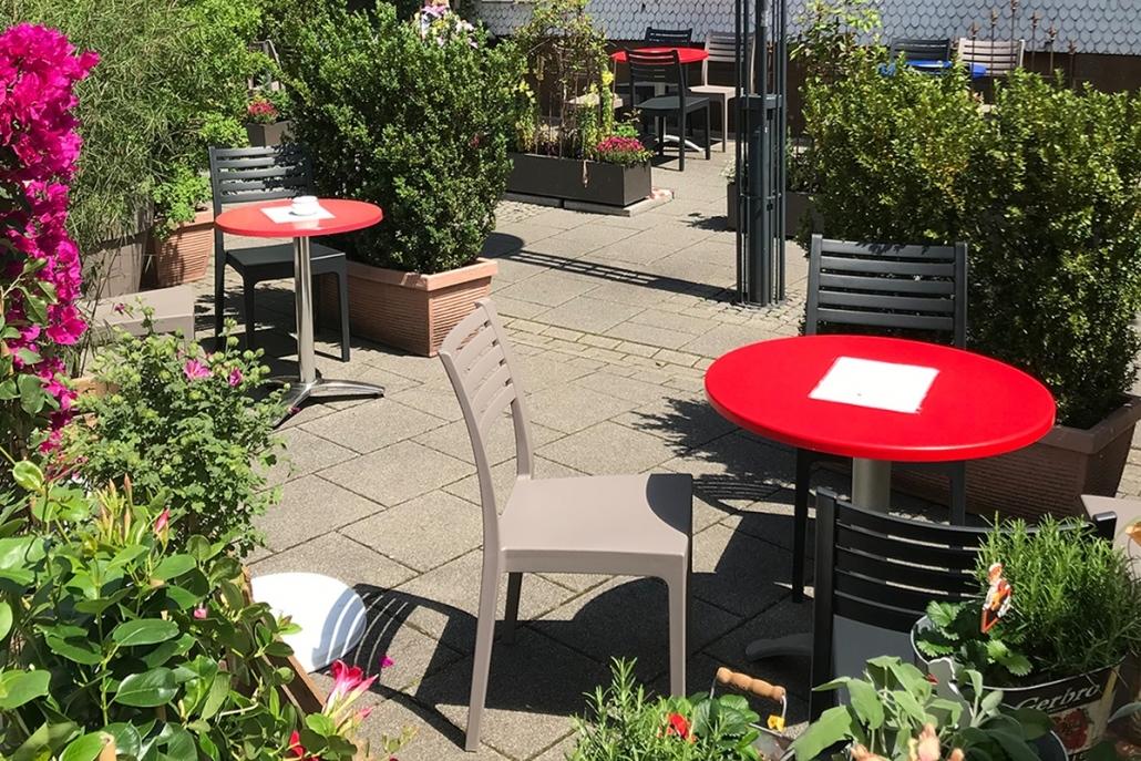 Terrasse | Eiscafé CaDoro
